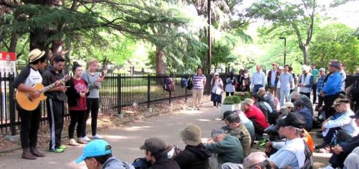 代々木公園 通路チャペル|Sidewalk Chapel, Yoyogi Park.