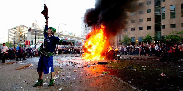 不法の増加 暴動